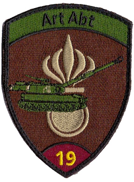 Picture of Artillerie Abt 19 violett Badge mit Klett